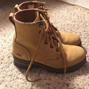 Vintage '00s Skechers leather boots